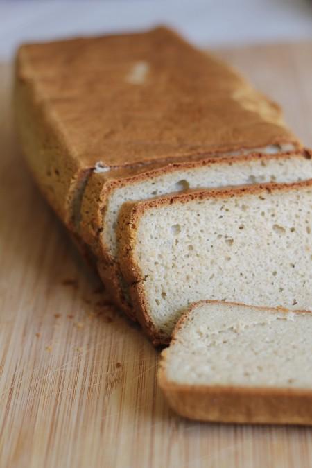 לחם קשיו שקדים 3